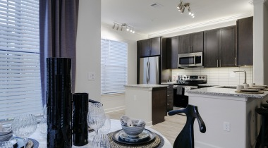 Modern apartment kitchen at The Tradewinds at Willowbrook