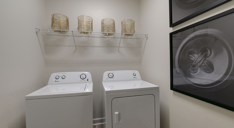 Willowbrook apartments with washer and dryer in unit