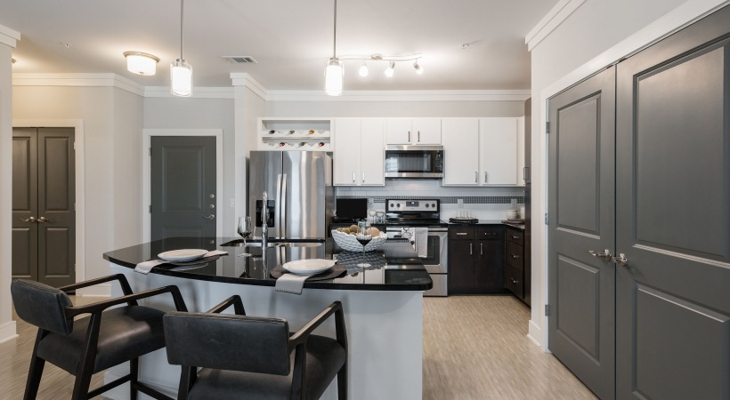 Spacious kitchen at apartments for rent in Allen, TX