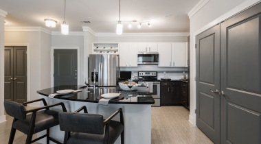 Modern kitchen at apartments for rent in Allen, TX