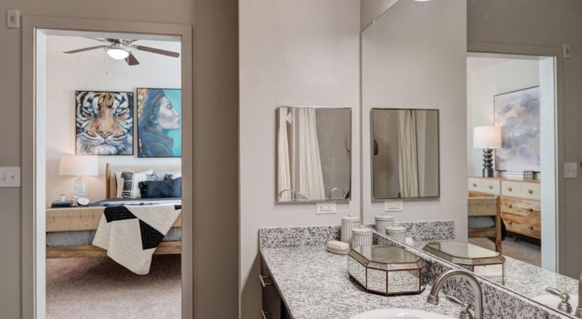 1, 2, & 3 Bedroom apartments for rent in San Antonio