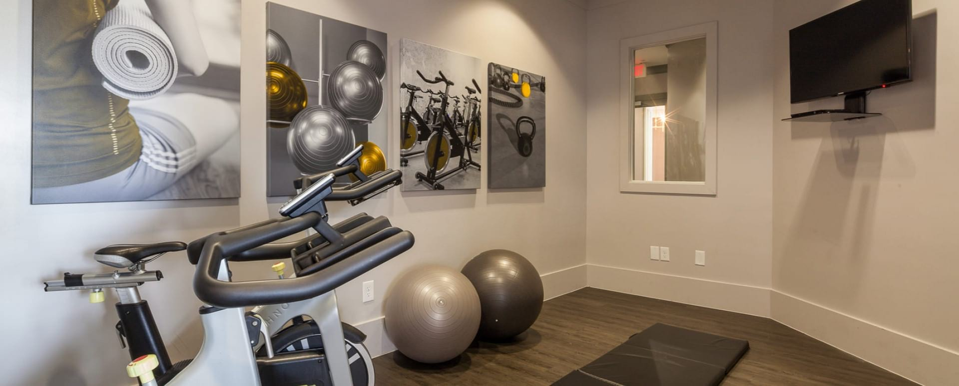 24/7 Fitness Center with Cardio Equipment