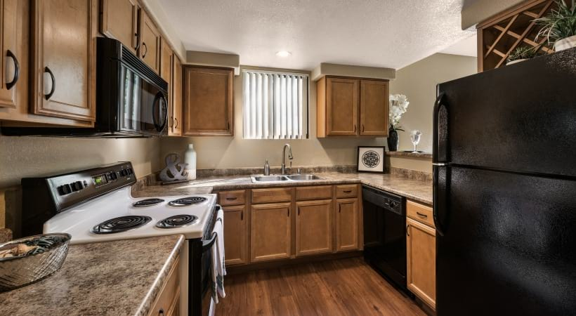 Grantie-Style Countertops at Cortland at Raven Apartments in Phoenix Arizona