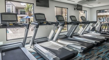 Kingwood apartments with fitness center