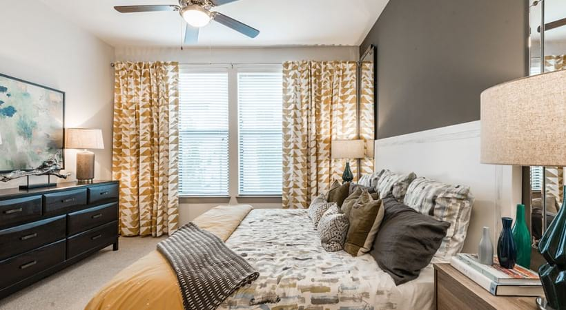 Spacious one bedroom apartments for rent in Euless, TX