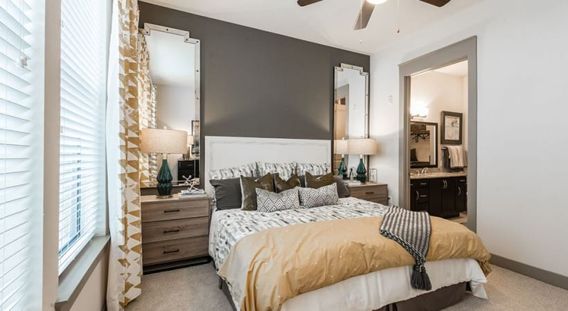 Spacious one bedroom apartments in Grapevine, TX