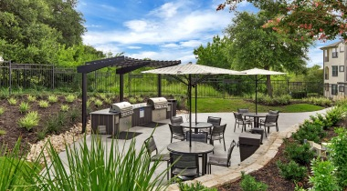 Oudoor gas grills at Cortland Southpark Terraces
