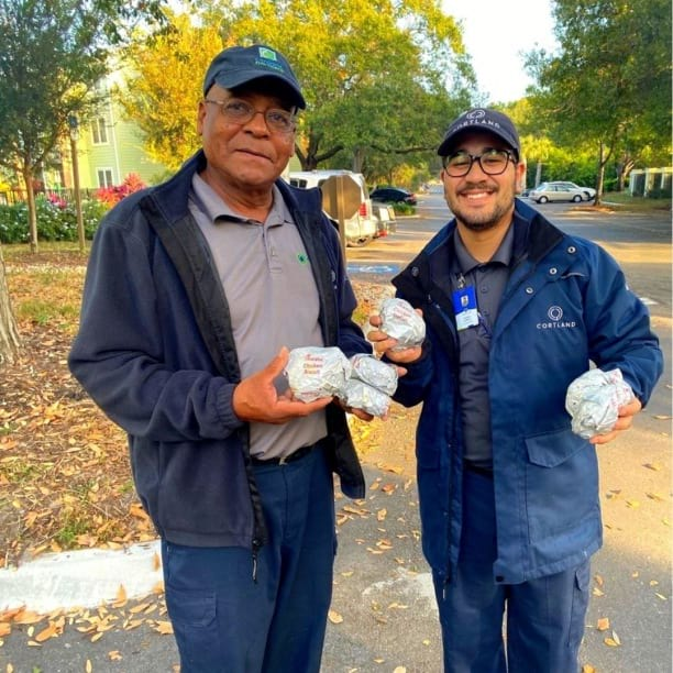 A couple of our associates at @bowerybaysidefl were happy to hand out some breakfast goodies during their breakfast on the go event last week. Great job guys!