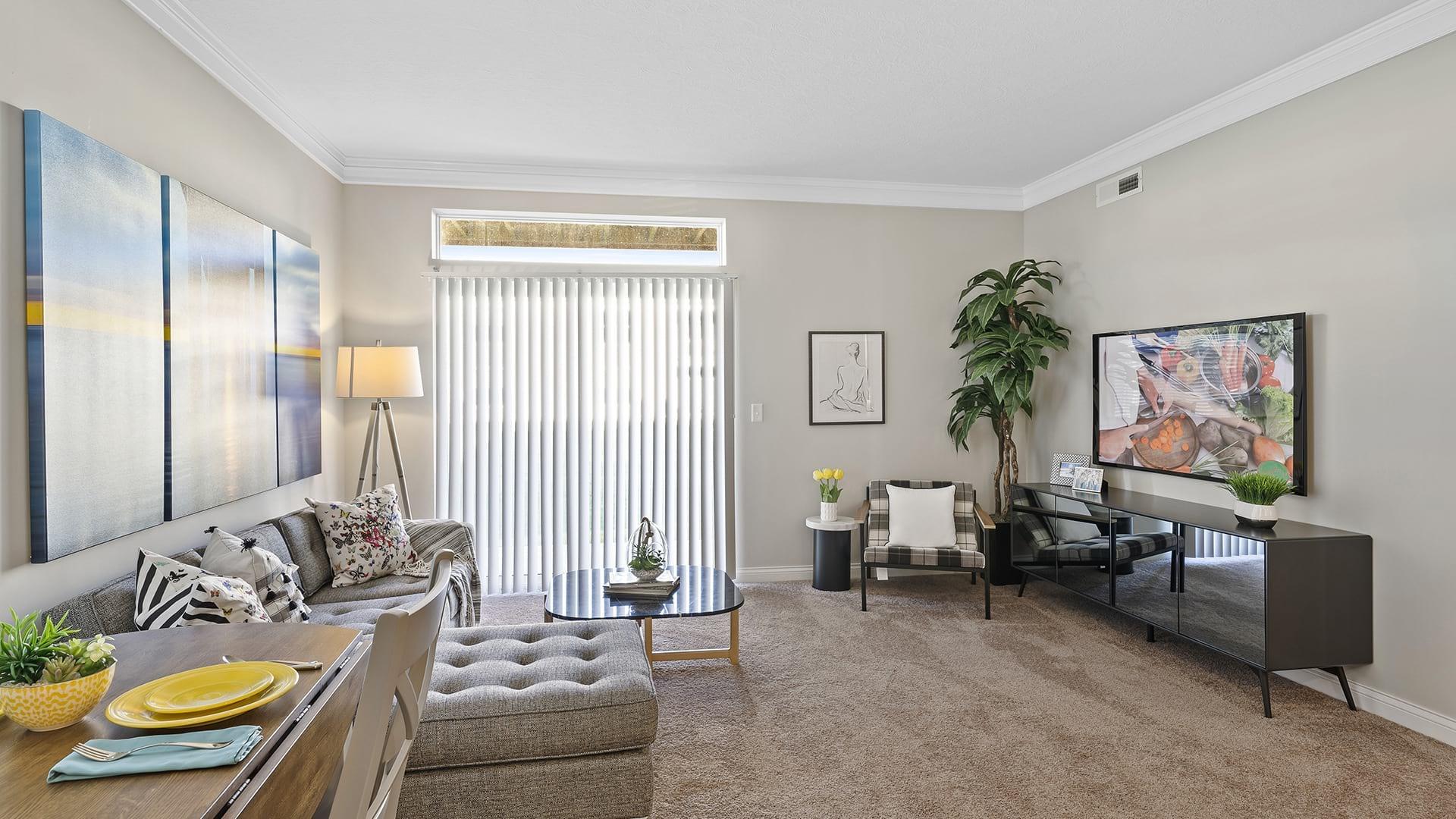 Living Room | Northlake Summit